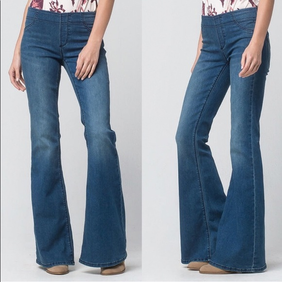 c6a3ea073a67 Free People Denim - Free People Pull On Kick Flare Jeans